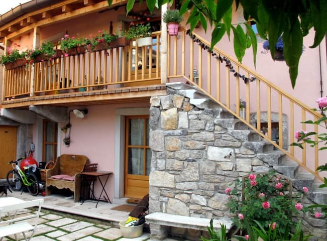 Near Trieste, romantic country home