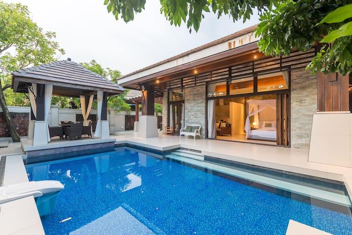 亚龙湾公主郡东南亚风情豪华泳池别墅Princess Palace Villa