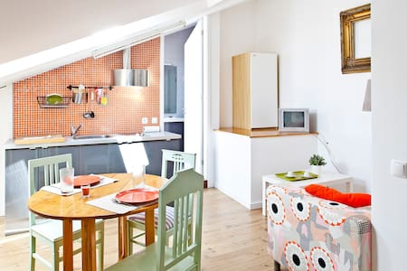 Cosy LOFT Porto - Orange (FREE PARKING) - Porto - Appartement