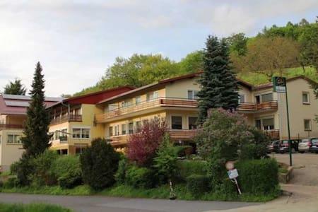 Gasthaus Pension Zum Hohenstein, Doppelzimmer 8