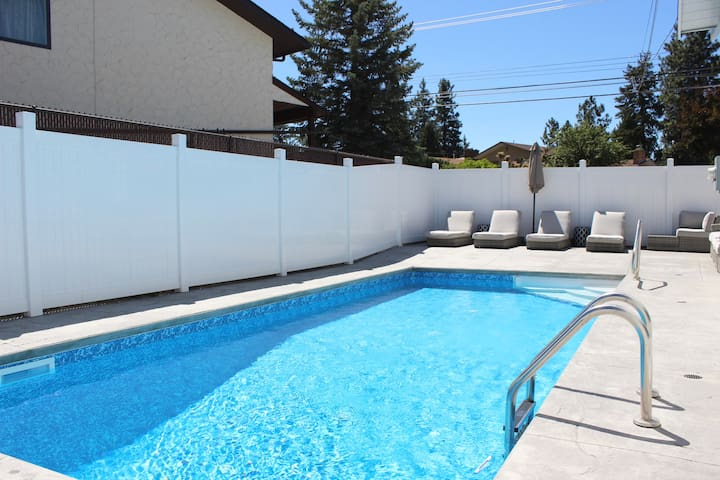 Family Friendly Upstairs Suite with Shared Pool
