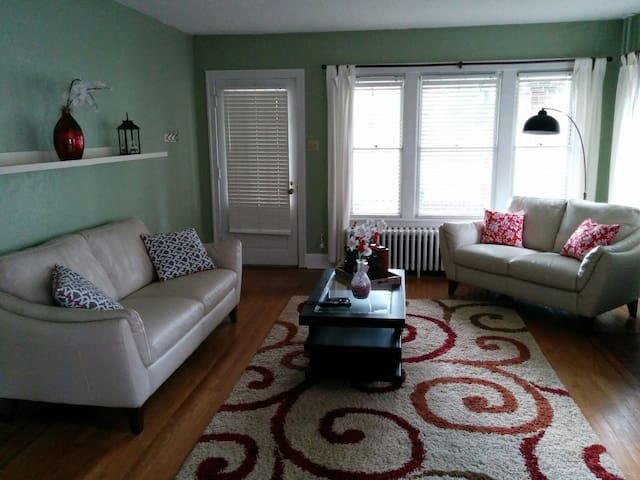 GREAT PRIVATE ROOM - Allentown - Hus
