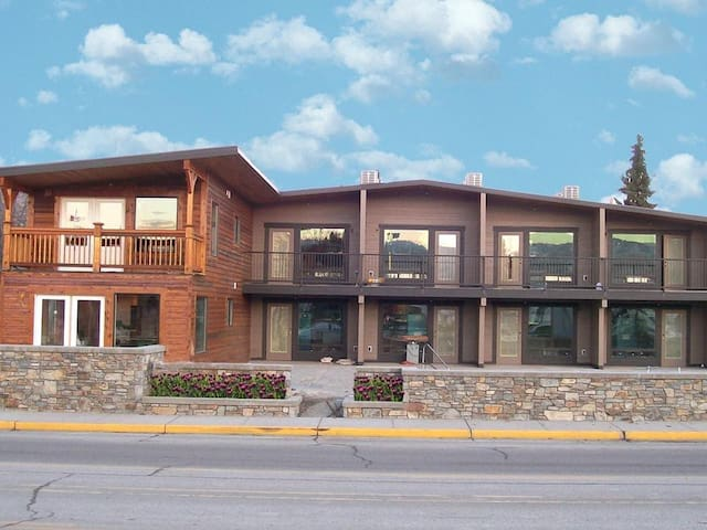 Prime Location Luxury 1 bdrm Unit, Cabana unit 3 - Chelan - Lägenhet