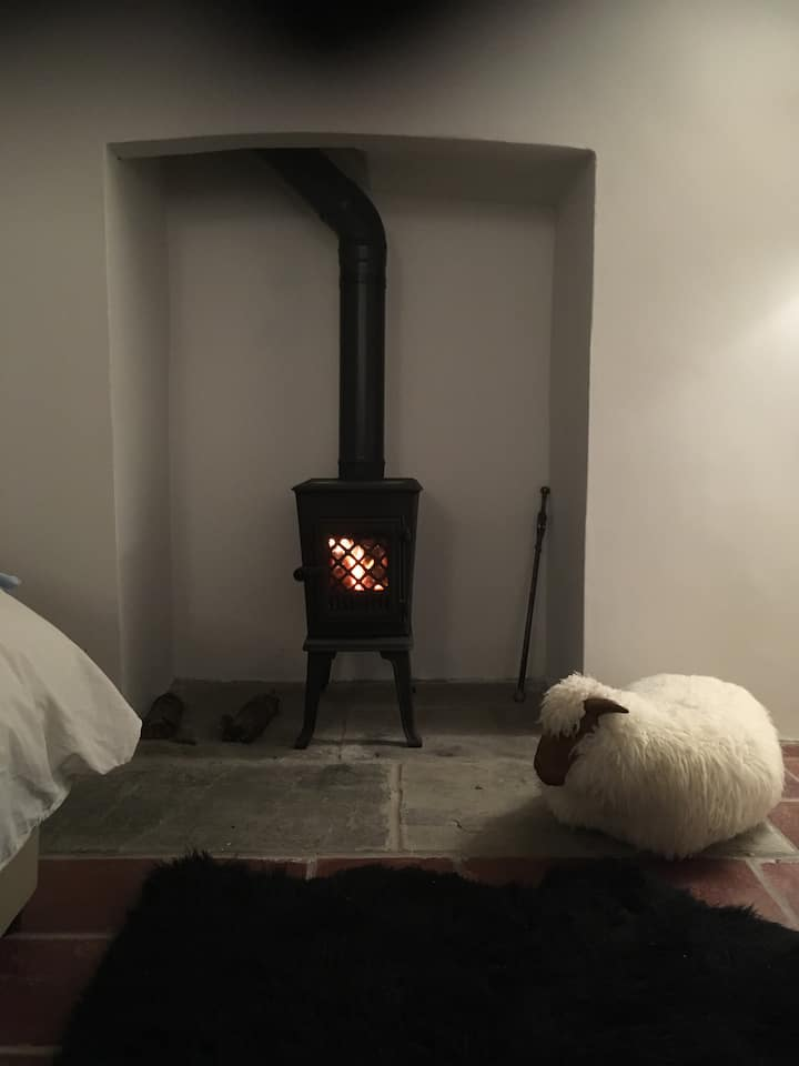 Cosy Georgian Studio