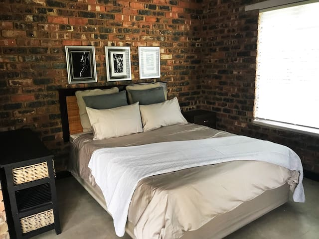 6 Saffier Street - Little Gem in Jukskei Park