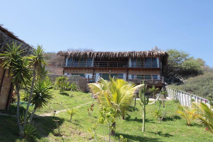 Altamira Vichayito casa para 10 pers con piscina - Vichayito - Rumah