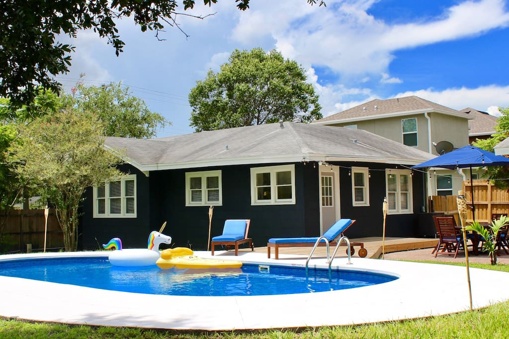 Charming Guest House In Trendy Seminole Heights Houses For Rent In Tampa Florida United States