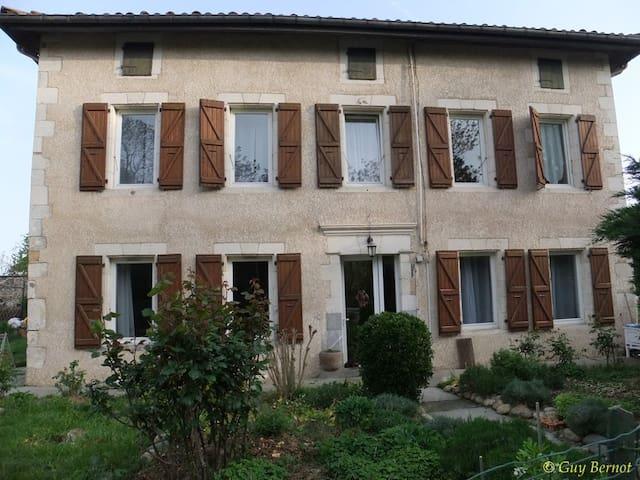 La Maison Saint Roch