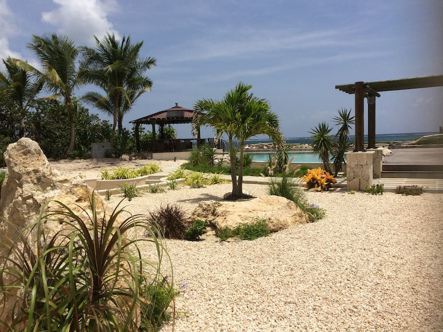 The perfect view beach house garden and sea view