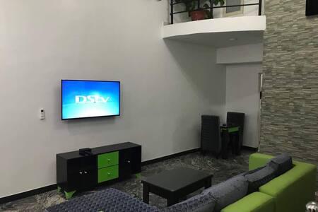 KM 28 Apartments - Apt 2