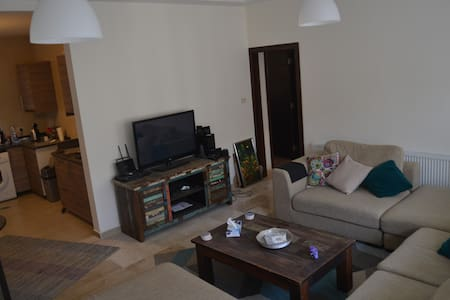 New apartment at a prime location in Amman - Amman - Apartment