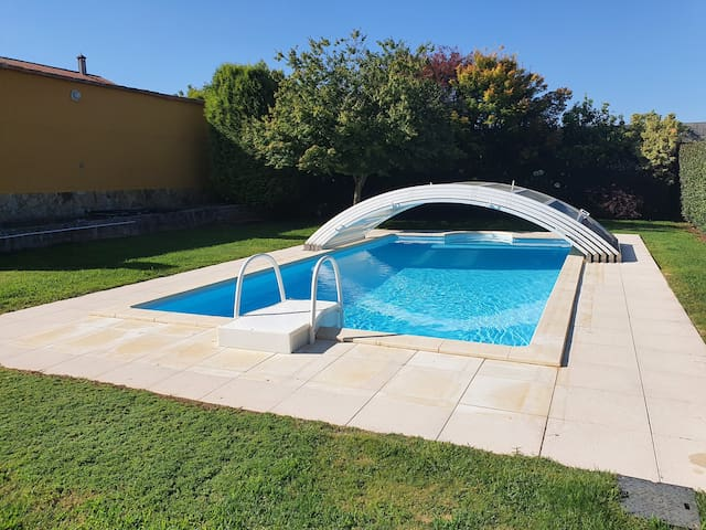 Chalet  con piscina 6000 m