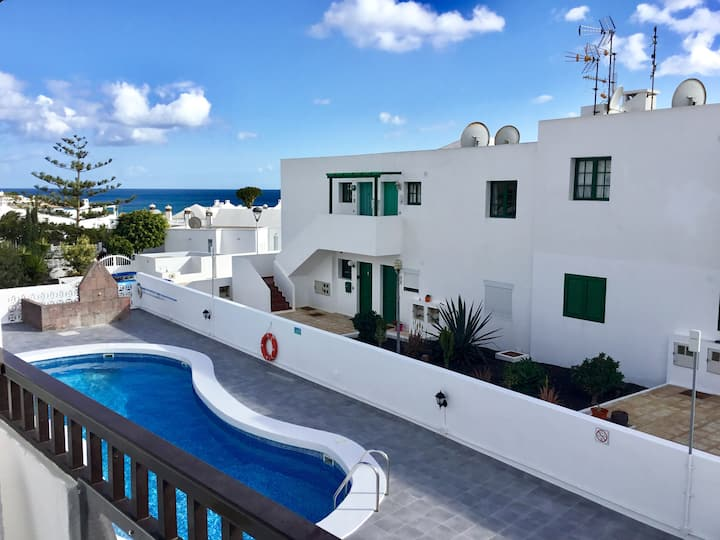 2 bed air con. apartment, near Los Pocillos Beach