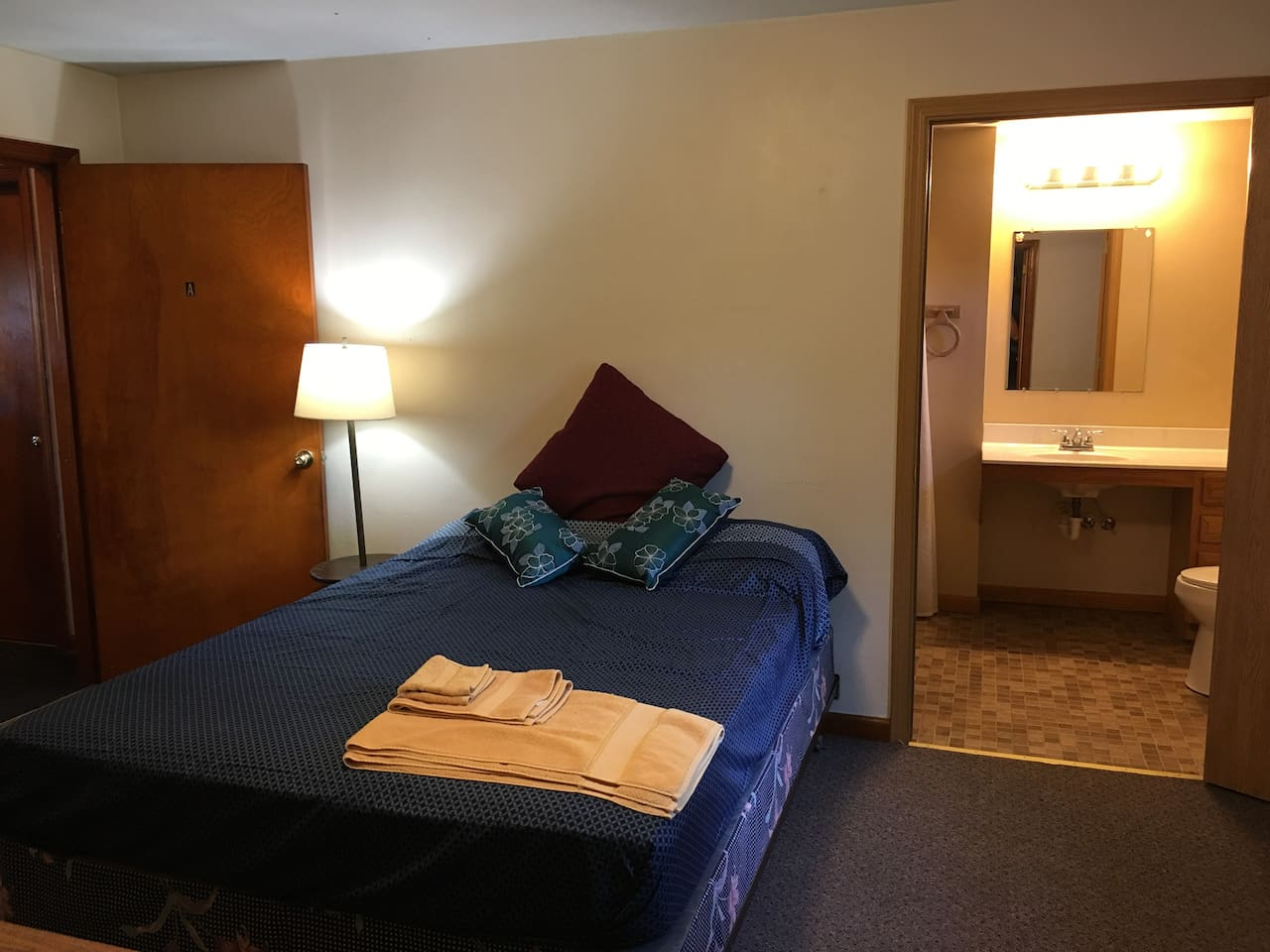 Quiet Bedroom, with wheelchair accessible bathroom and shower.