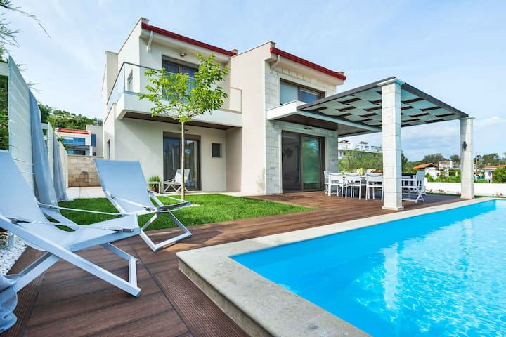 Villa Roka 5B