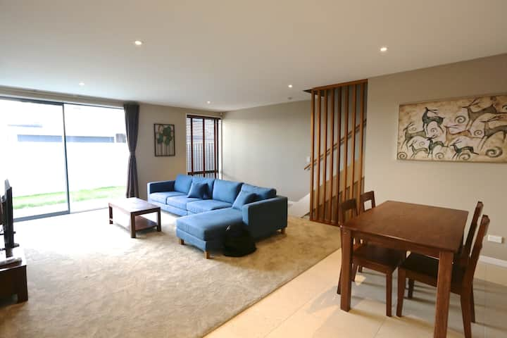 Golden SunA-Brand New spacious,Modern 3bedroomhome