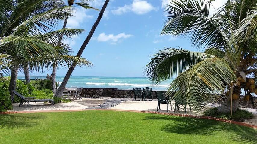 Oceanfront Home in Beautiful Sunny Ewa Beach - Ewa Beach - Dům