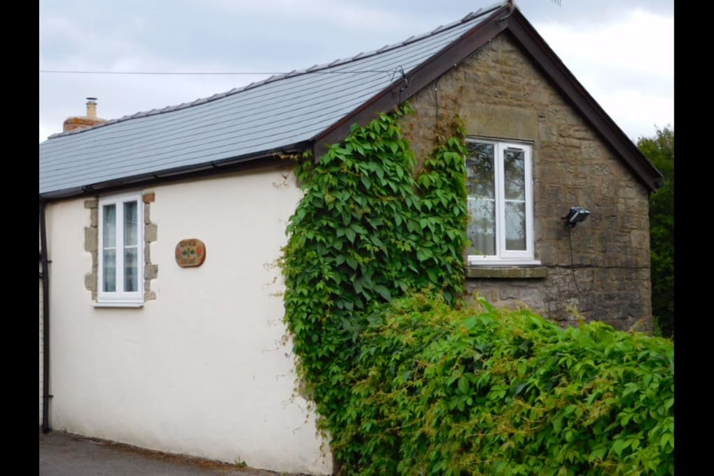 18th Century coach house fully renovated to provide a cosy cottage