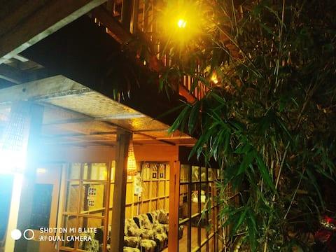 Гостевой дом и ресторан Dream House 5
