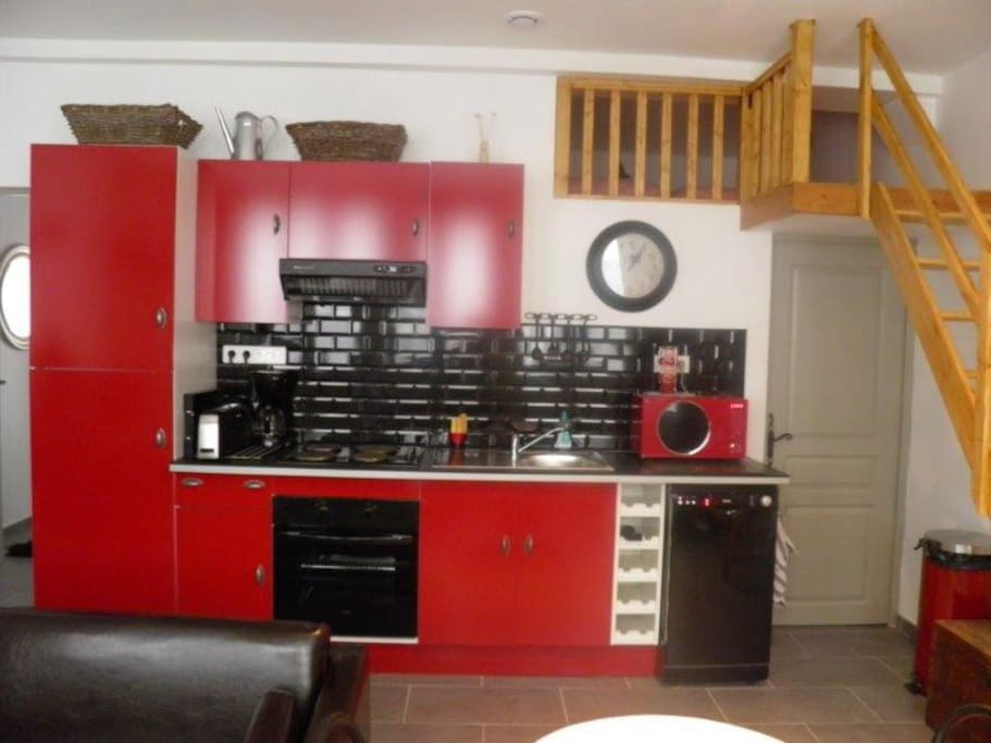 bel appartement pour 2 4 personnes flats for rent in le havre upper normandy france. Black Bedroom Furniture Sets. Home Design Ideas