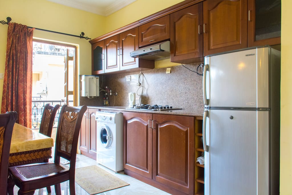Modular Kitchen with Water Purifier , Refrigerator And Basic Cutlery