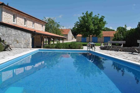 Luxury double room with pool - Ružići - Bed & Breakfast