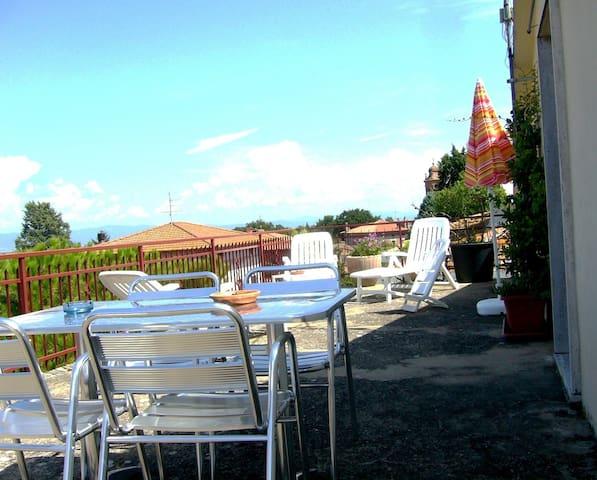 """RESIDENCE """" I DUE LAGHI"""" - Castiglione del Lago (Villastrada  Umbra) - Apartment"""