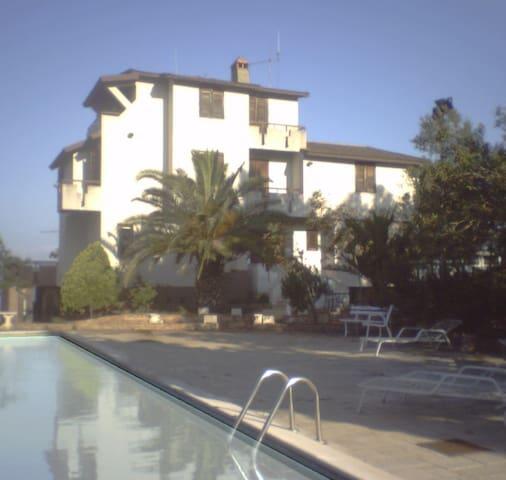 Villa Rosa  RC - Calabria Italy - Reggio Calabria - Bed & Breakfast