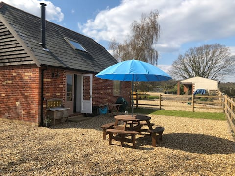 The Hayloft - Peaceful,  New Forest B&B