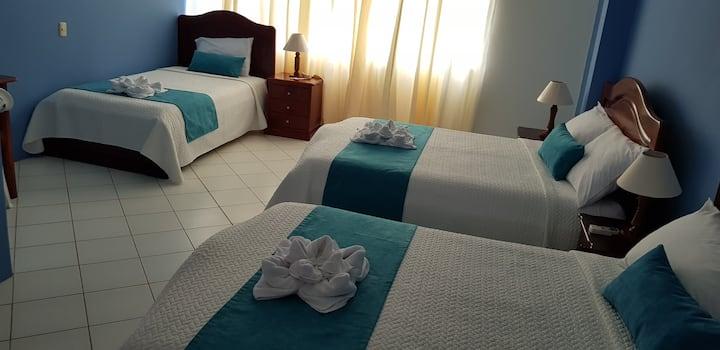 Hostal Jeniffer, Isla Isabela- Galápagos. Hab # 3