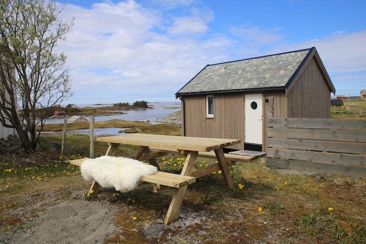 Stensønes glamping, Smøla, cabin 1