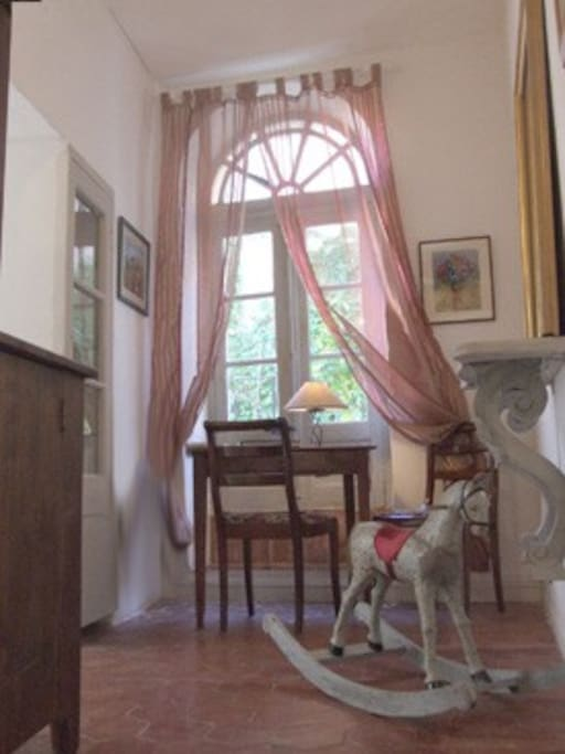 le couloir ou petit boudoir
