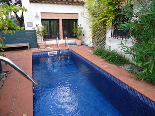 golf + pool - Santa Cristina d'Aro - Rumah