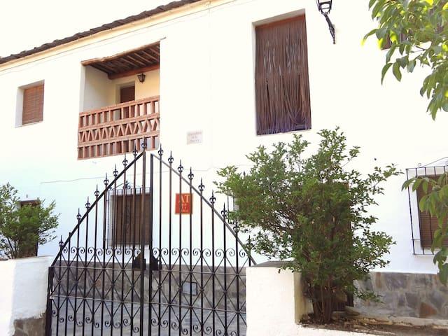 Apartamentos Poqueira - Capileira - Apartamento