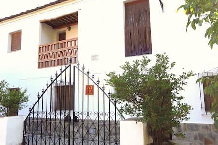 Apartamentos Poqueira - Capileira
