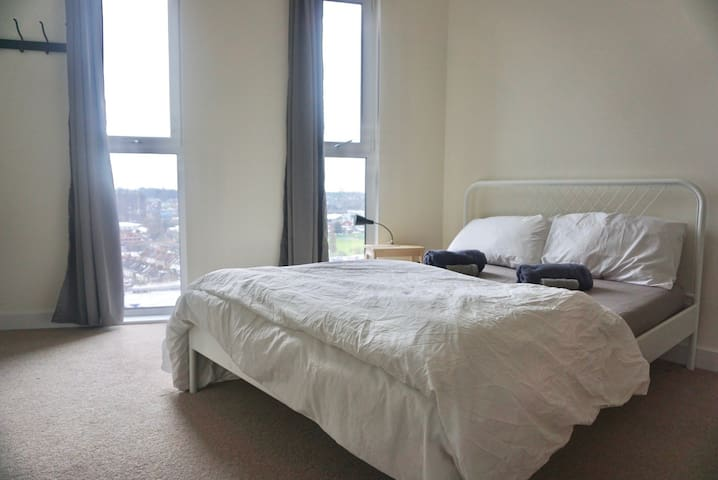 Clean and Comfy Double Bedroom - Wembley