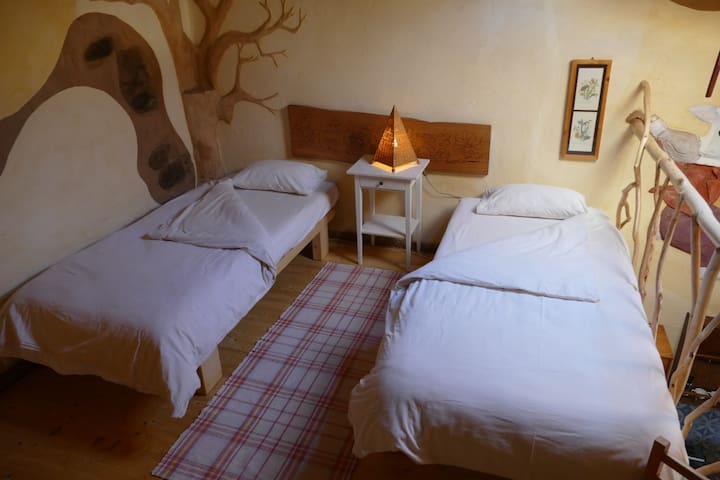 Shared Accommodation in Carrapateira 1