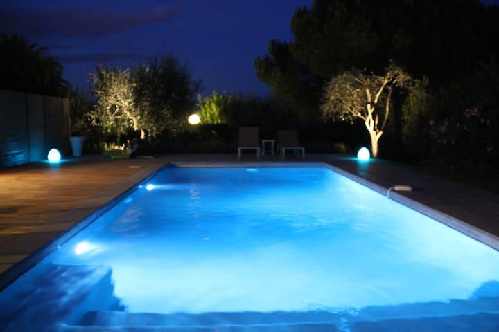 Villa avec piscine privée   - Biot