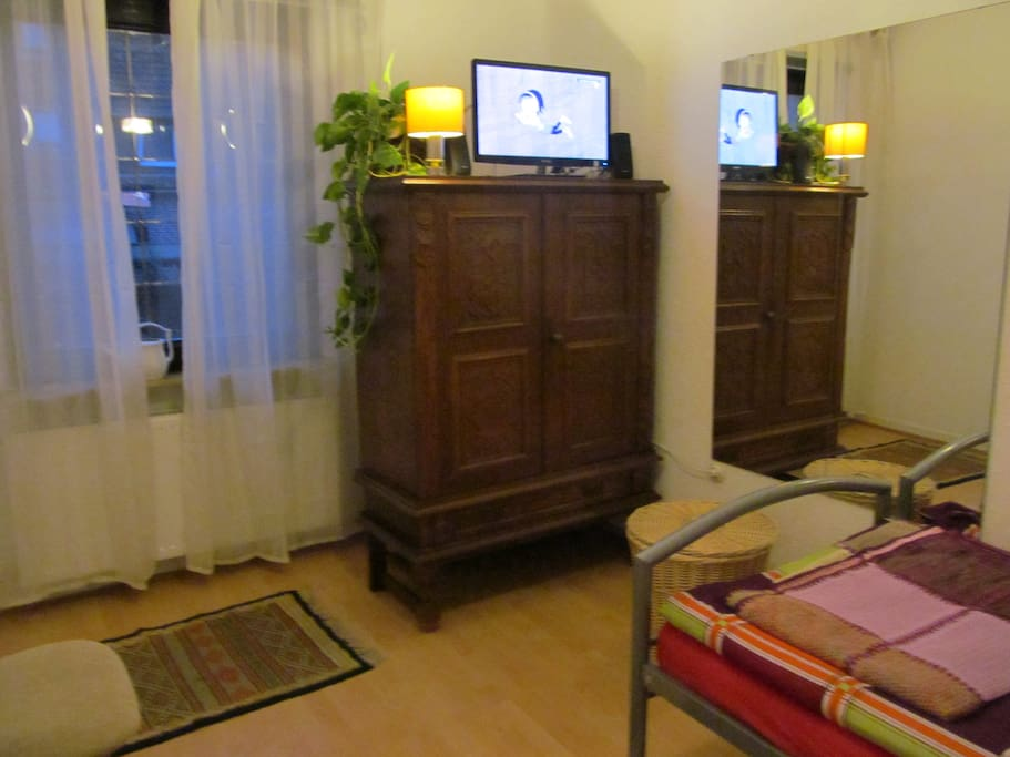 Drittes Zimmer kostet extra Third room with extra cost
