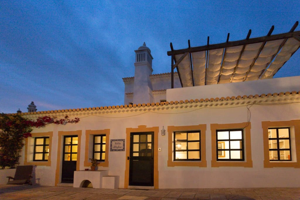 Villa Stofero by night....