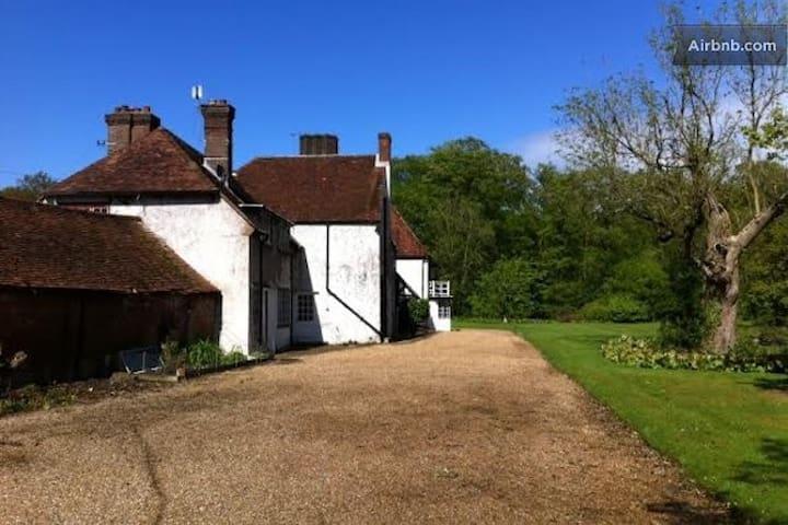 Berkhamsted Farm Stay single/twin - Hemel Hempstead - Huis