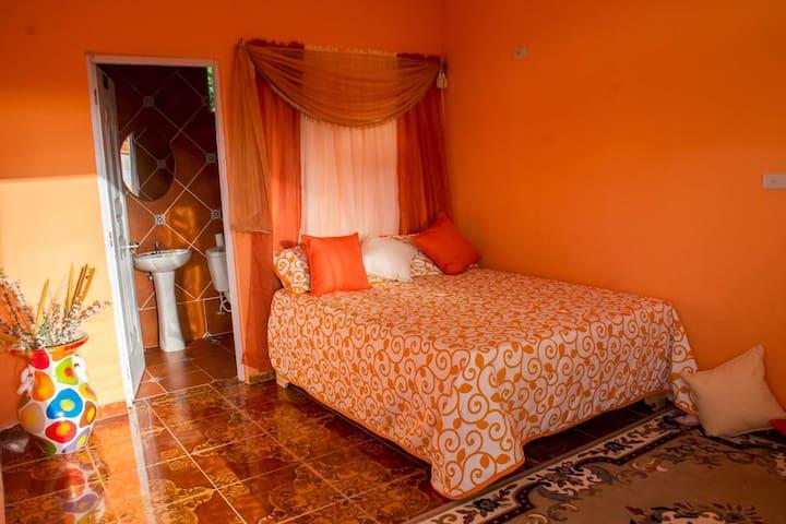 Hotel Nápoles - Playa El Quemaito Barahona - Barahona