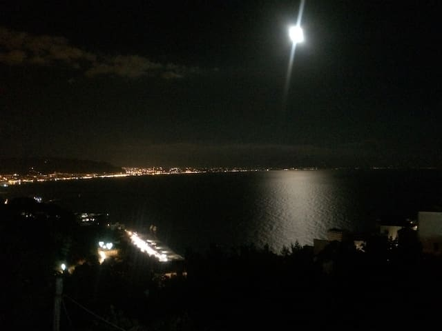 Panorama notturno dal B & B