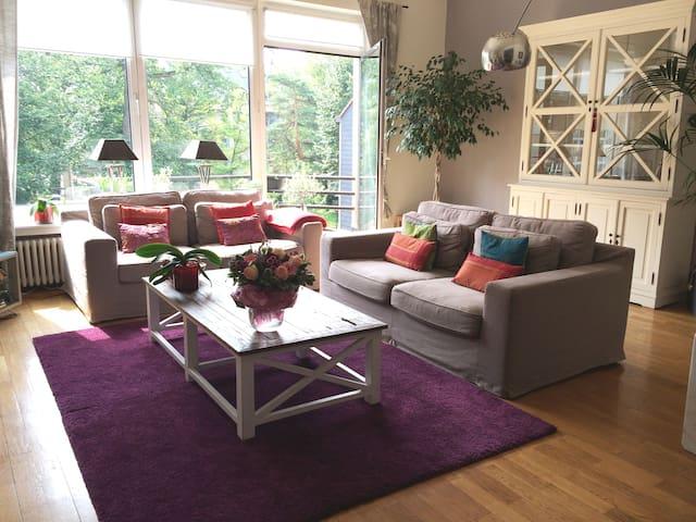 Quiet room in trendy Chatelain - Saint-Gilles - Apartment