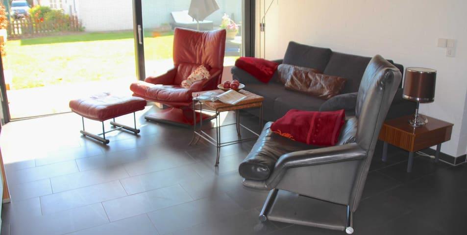 Komfort-Ferienhaus Meerhaus Tossens by Meer-Ferienwohnungen, Komfort-Ferienhaus Meerhaus, Strandnähe, Gute Ausstattung