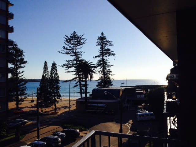Last Minute Ocean View and Balcony - Manly - Apartamento
