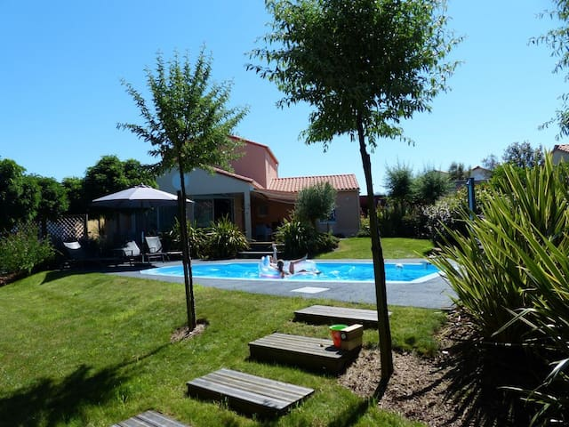 Modern, luxury villa, 8 p, swimming - Les Sables-d'Olonne - Villa