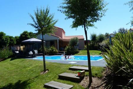Modern, luxury villa, 8 p, swimming - Les Sables-d'Olonne - Villa