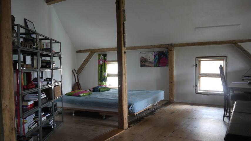 exciting loft in plagwitz lofts zur miete in leipzig sachsen deutschland. Black Bedroom Furniture Sets. Home Design Ideas