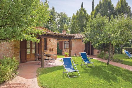 Holiday cottage with 1 bedroom on 30m² in Castiglino del Lago PG